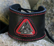 Leather Wristband with Pict's Knot